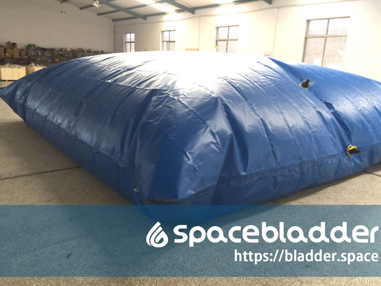 Flexible-Safe-TPU-or-PVC-Movable-Water-Tank-for-Pickup-Truck-1